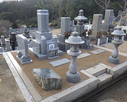 五輪塔と代々墓の施工