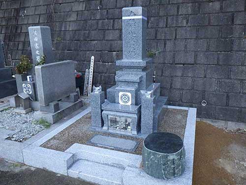 岡山型9寸角代々墓四重台